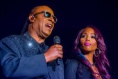 Signed, Sealed and Delivered: Stevie Wonder's stop in Knoxville goes long