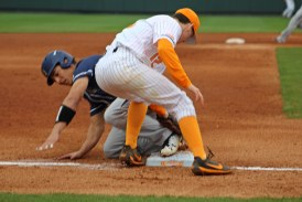 Diamond Vols bats hot in first full week of 2018 season