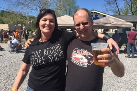 Knoxville record stores thrive by supporting one other