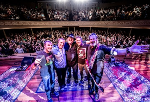 Blues Traveler's John Popper holds no punches at Tennessee Theatre